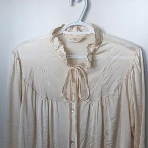 Vintage Cream Embroidered Peignoir/Robe